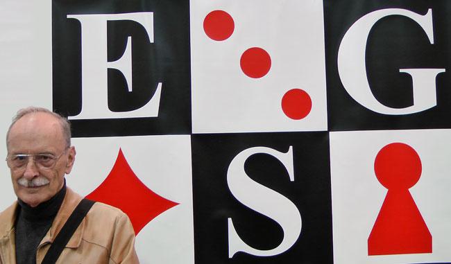 Rudolf Rühle ist Ehrenvorsitzender der Europäischen Spielesammler Gilde. Foto: Sebastian Wenzel