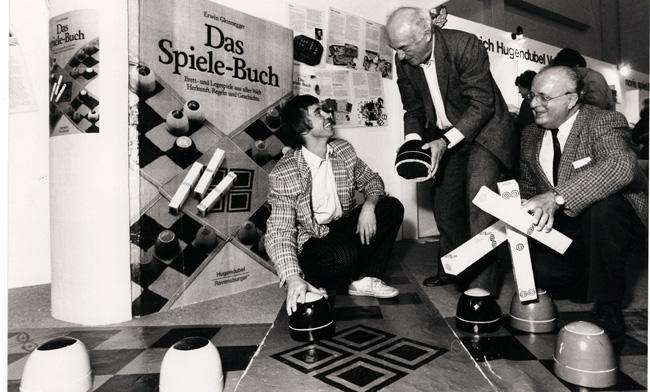 Johann Rüttinger,  Alex Randolph und Erwin Glonnegger (von links nach rechts). Foto: Drei Hasen in der Abendsonne